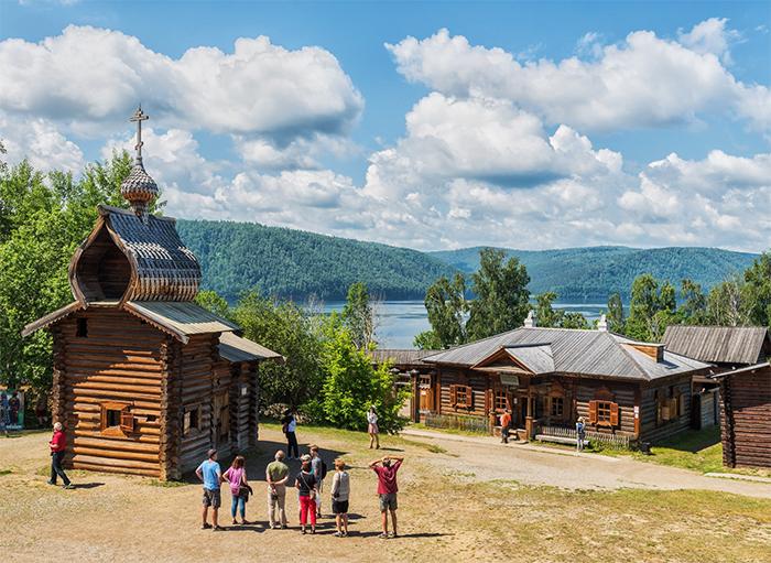 Туры на Байкал. Экскурсия в Тальцы